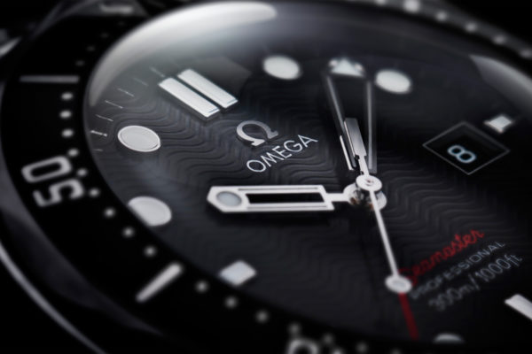 DAVID-LUND__0009_SUPER-zoom-black-omega